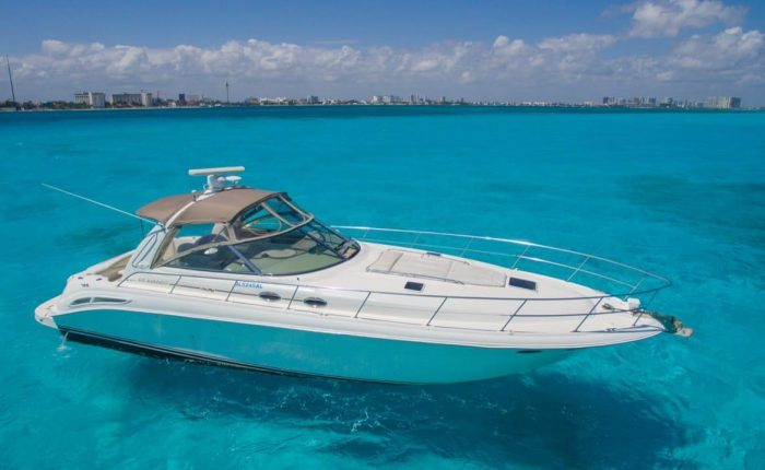 """Yate SeaRay 41ft """"At The Moment"""""""